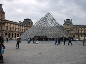 glass pyramid of the louvre